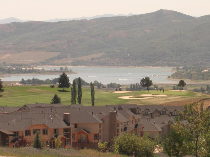View of Pineview Lake & Golf Course - Frm $79/Nite Snow Basin Powder Mtn Vu Cndo Eden UT - Eden - rentals