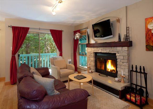 Cozy Living Room with Fireplace and Flat Screen TV - Forest Trails #20   2 Bedroom Townhome Close to Ski Trails with Parking - Whistler - rentals