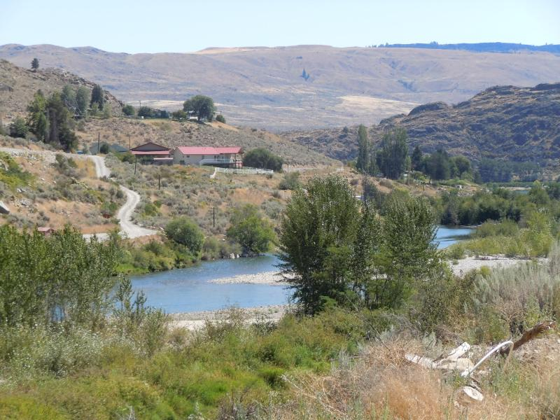 Part of the riverview - The River Hideaway-Sunny 15 min. to downtwn Chelan - Pateros - rentals
