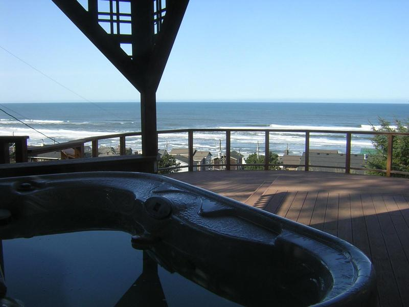Soak your cares away! - Unobstructed Ocean View, Family Friendly, Hot Tub - Lincoln City - rentals