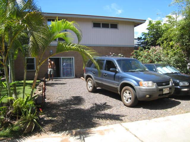 Driveway - 'Aloha' on the westside of Kauai - Kekaha - rentals
