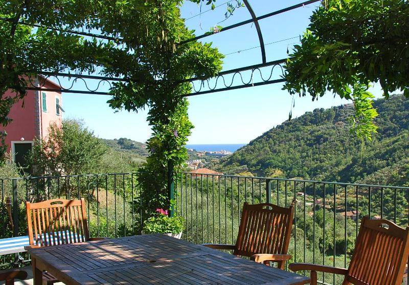 Gazebo with Sea View - Villa delle Rose between Portofino and CinqueTerre - Leivi - rentals