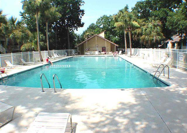 Courtside Swimming Pool #2 - Courtside 18 - Forest Beach Townhouse - Hilton Head - rentals