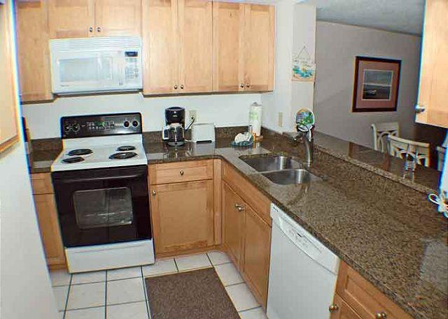 Courtside 40 - Ground Level Updated Condo - Image 1 - Hilton Head - rentals