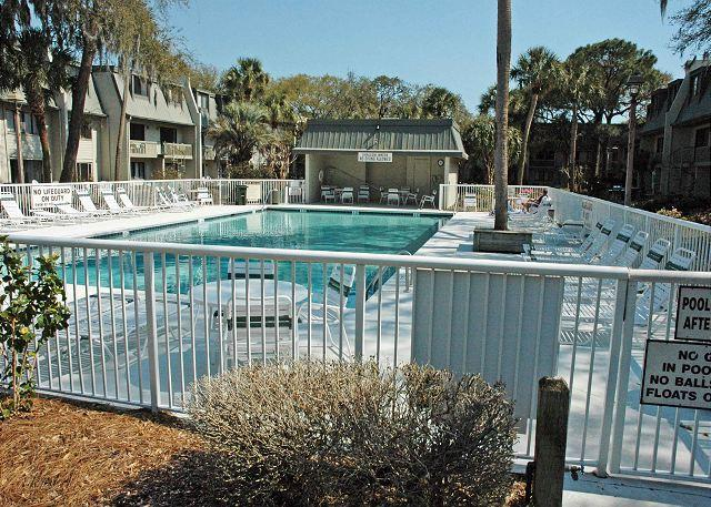 Surf Court 12 - Forest Beach Townhouse - Image 1 - Hilton Head - rentals