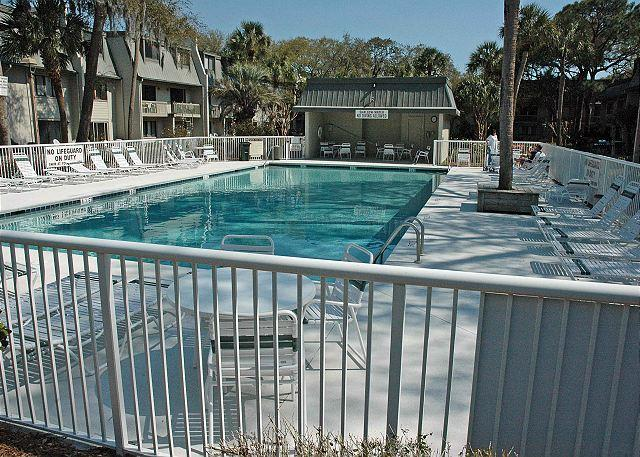 Surf Court 58 - Forest Beach Townhouse - Image 1 - Hilton Head - rentals
