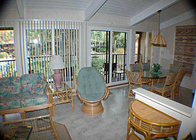 Beach Villa 9 - Oceanside Townhouse-Gated Community - Image 1 - Hilton Head - rentals