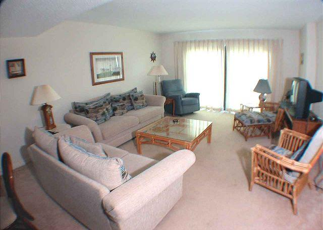 Ocean One 520 Living Area - Ocean One 520 - Oceanside 5th Floor Condo - Hilton Head - rentals