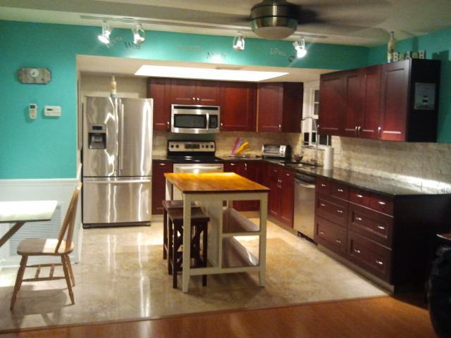 West Suite Luxury Kitchen - Ohana Hale South on Anna Maria Island - Bradenton Beach - rentals