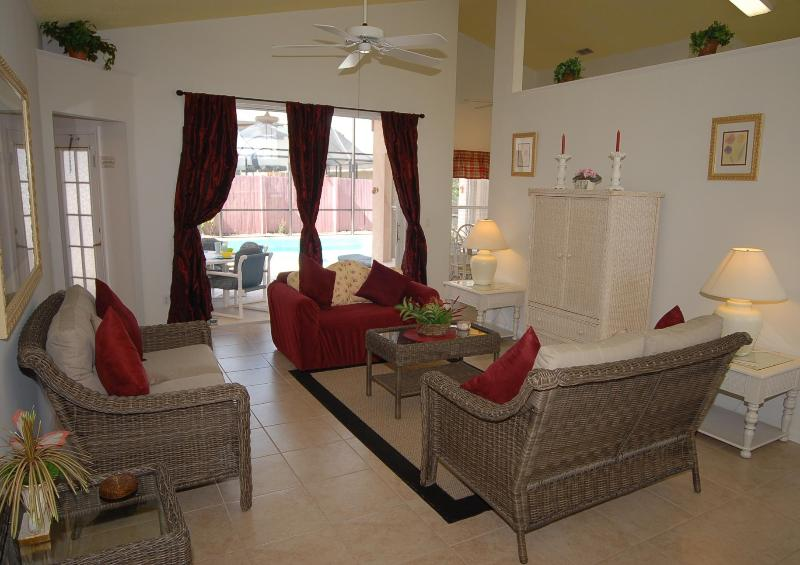 Family Room - SPECIAL -  Budget 3bd  $95.00 a night all yr round - Kissimmee - rentals