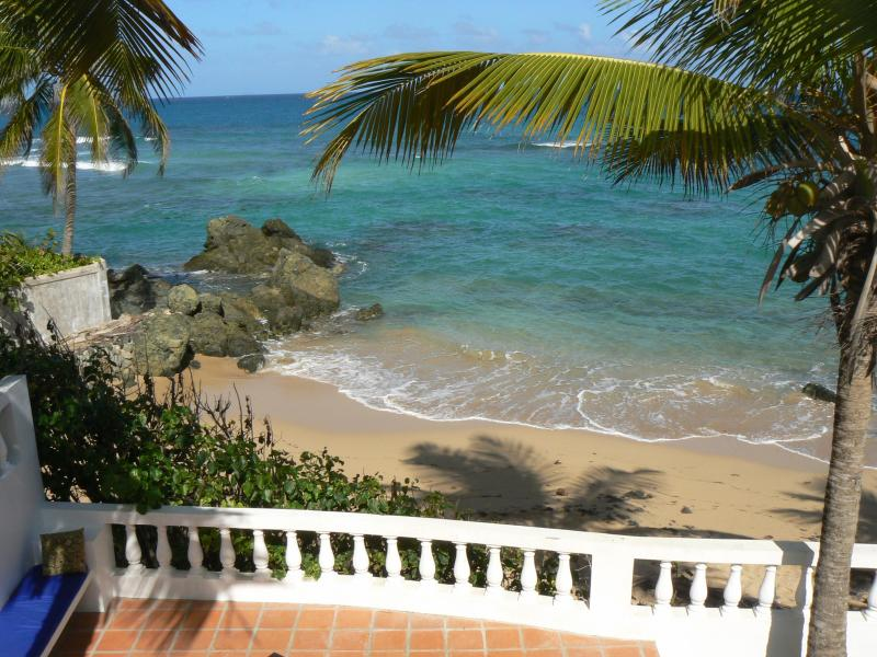 Truly beachfront - Los Cocos, Beachfront Casa in Prime location - Vieques - rentals