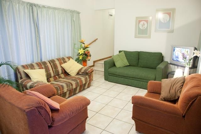 The Apartment - Lounge - Clinch Self Catering - Very Conveniently Situated. - Durban - rentals
