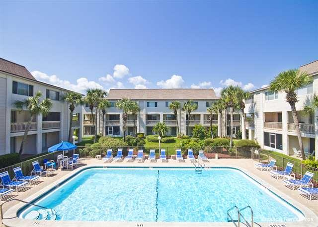 The ocean front pool provides rest and relaxation - Four Winds C5, 2 pools, beach, HDTVs, Blue Ray - Saint Augustine - rentals
