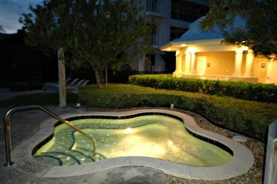 Garden hot tub - Exquisite 4 bedroom, 4 bath! 607 Mariners Club - Key Largo - rentals