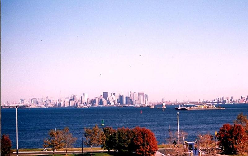 View of NYC from Home - Waterfront Home Accommodates 2-10 View NYC Skyline - Staten Island - rentals