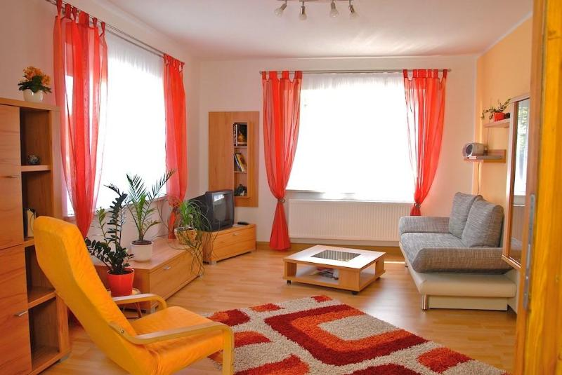 LLAG Luxury Vacation Apartment in Jena - 667 sqft, modern, clean, spacious (# 416) #416 - LLAG Luxury Vacation Apartment in Jena - 667 sqft, modern, clean, spacious (# 416) - Jena - rentals