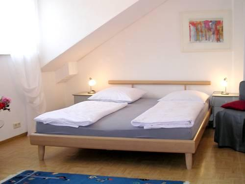 Vacation Apartments in Tübingen - very quiet, central, comfortable (# 1872) #1872 - Vacation Apartments in Tübingen - very quiet, central, comfortable (# 1872) - Tübingen - rentals