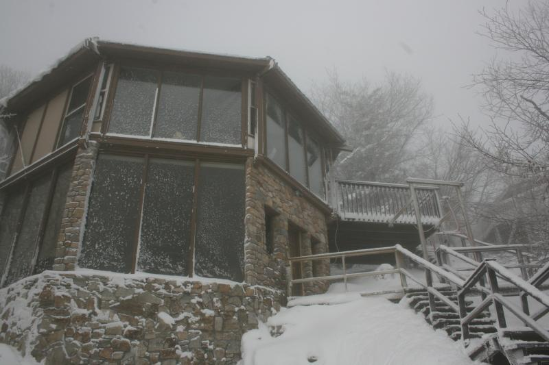 Aspen Ski Loft at Beech Mountain in Winter - 50 Steps From the Ski Slopes! - Aspen Ski Loft, 50 Steps From Ski Slope! - Beech Mountain - rentals