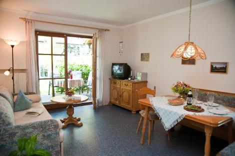 LLAG Luxury Vacation Apartment in Murnau - 517 sqft, comfortable, central, quiet (# 2142) #2142 - LLAG Luxury Vacation Apartment in Murnau - 517 sqft, comfortable, central, quiet (# 2142) - Murnau - rentals