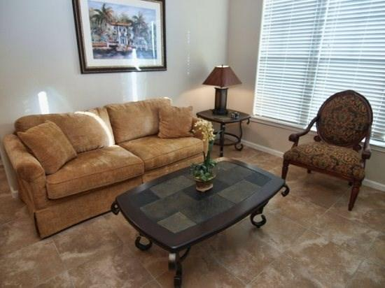 Living Area - BP3C906CP-433 3 BR New Condo Traditionally Decorated - Davenport - rentals