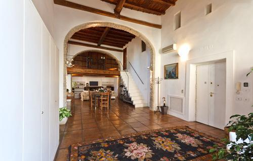 Historic Nobleman's Loft and Terrace in center - Image 1 - Rome - rentals
