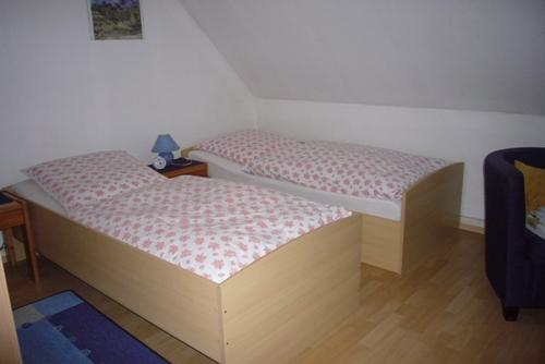 Single Room in Troisdorf - very friendly, affordable, central (# 2059) #2059 - Single Room in Troisdorf - very friendly, affordable, central (# 2059) - Troisdorf - rentals