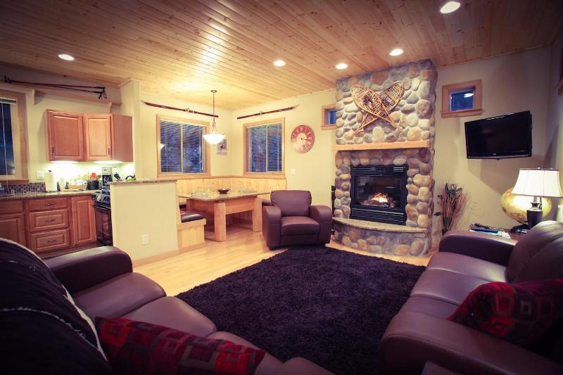 Living Room with Gas Fireplace - Snowline Chalet - Glacier - rentals