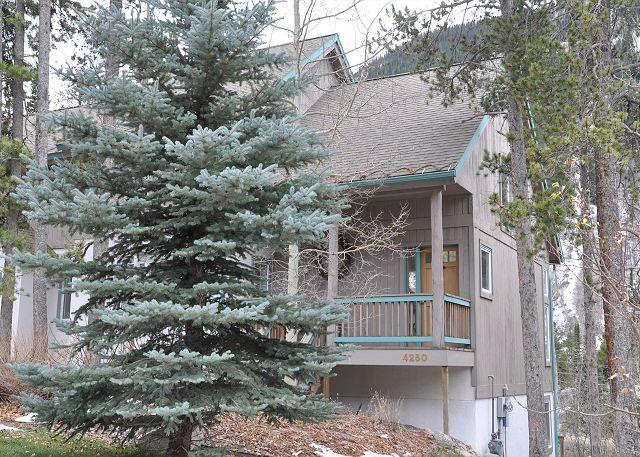 Exterior of 4250 Spruce Way - 4250 Spruce Way - Spacious home is East Vail - Vail - rentals