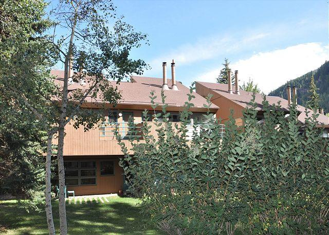 Pitkin Creek Building 9 - Great location - two bedroom condo close to hot tub and pool in East Vail. - Vail - rentals