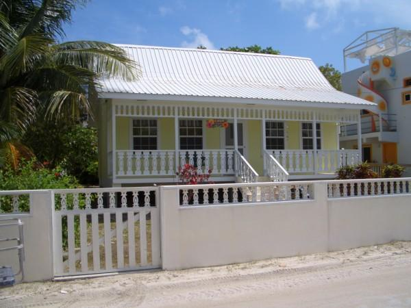 Casa Tulipan from the North with Golf Cart Gate - Casa Tulipan - Comfortable 1 BR Single Family Home - San Pedro - rentals