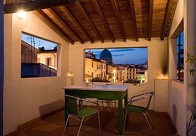 Roof top terrace at night - Your cosy roof top home away from home in S.Croce - Florence - rentals