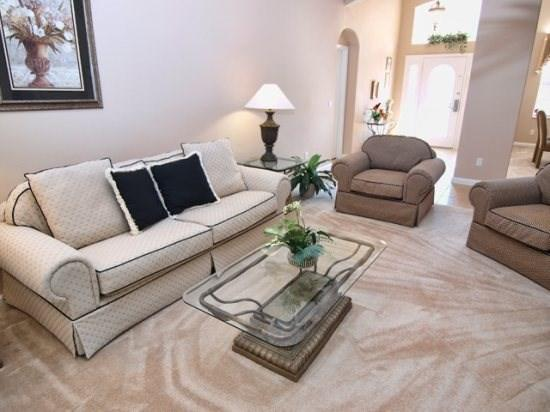 Living Area - HR5P609NHD 5BR Holiday Villa with Game Room, Internet, Spa and Upgraded Bedding - Davenport - rentals