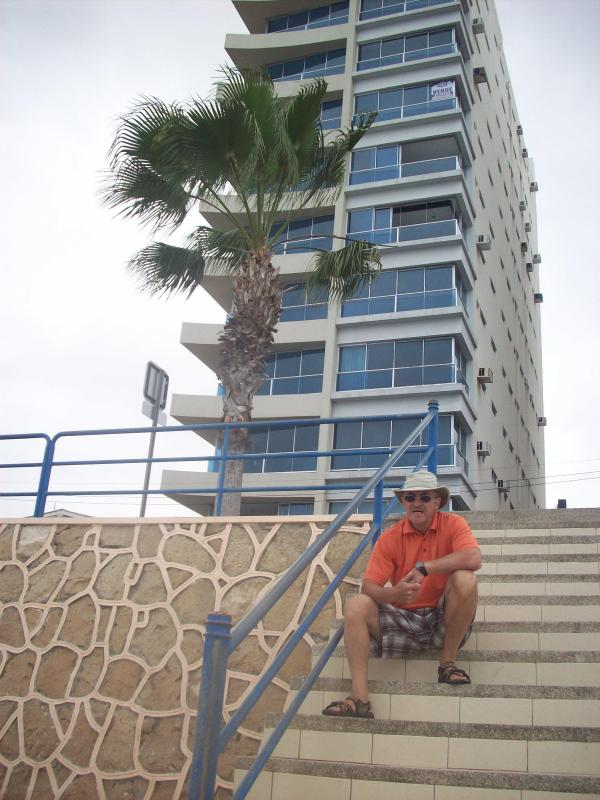 1a- Your host, Albert Cantin - 3 bedroom condo on the Malecon in Salinas, Ecuador - Salinas - rentals