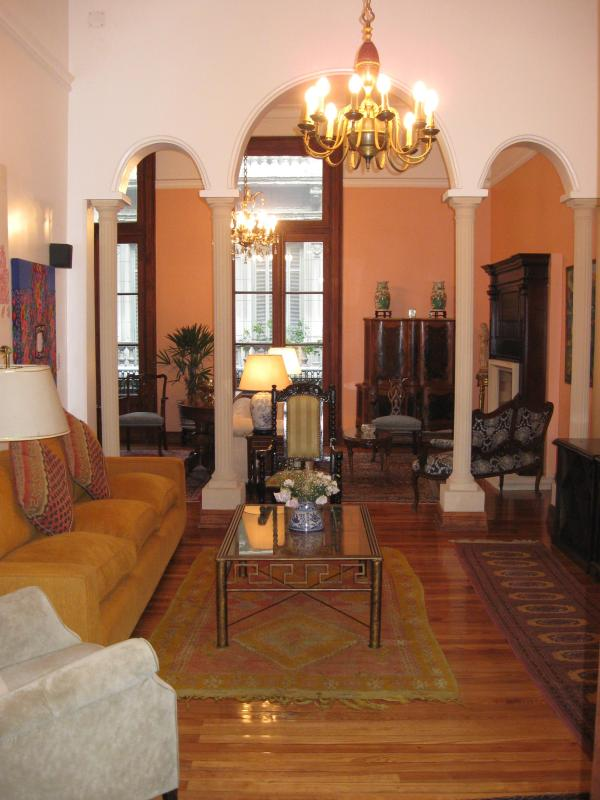 Our comfortable family room with a recliner, TV/DVD/MP3 radio, surround sound stereo system - Elegant Townhse: Large,Luxurious,Centrally located - Buenos Aires - rentals