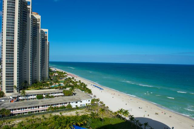 O. Point (1BR 1BA), Ocean views! - Image 1 - Miami Beach - rentals