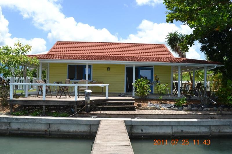 Yellow Belle Cottage - Lovely waterfront cottage - Yellow Belle! 317B - Jolly Harbour - rentals