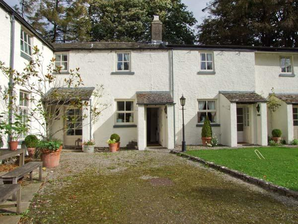 MILKMAID'S PARLOUR, pet friendly, character holiday cottage, with a garden in Cartmel, Ref 10306 - Image 1 - Cartmel - rentals