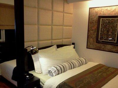 Master's bedroom located downstairs - 2BR  Condo in Ortigas Business District, Pasig - Pasig - rentals