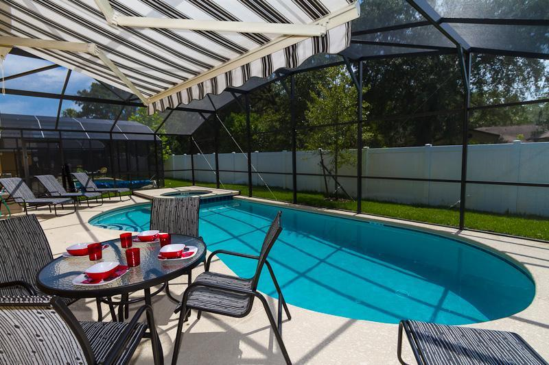 Poolside Dining - Mickey's Ritz- Brand New 4 Bed 3 Bath Luxury Villa - Kissimmee - rentals