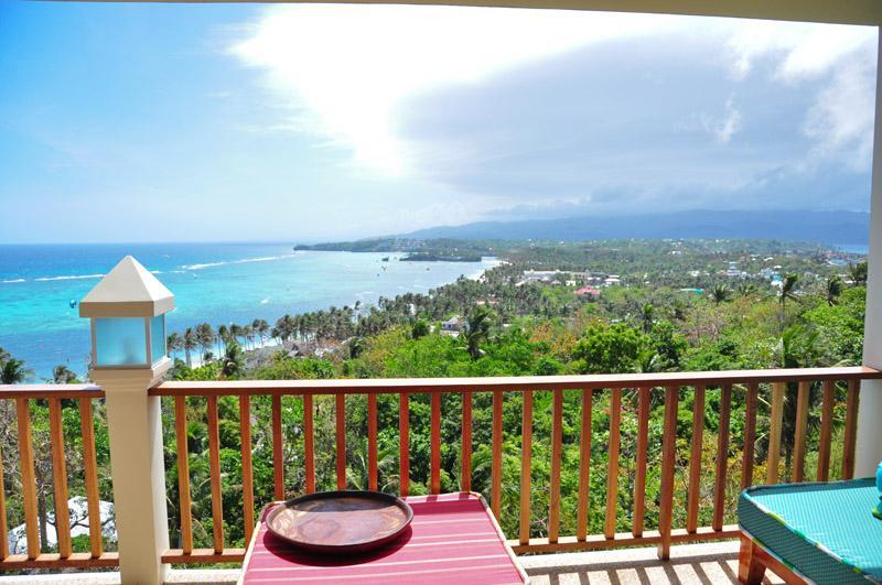 View of Kite beach from the large patio - Aloha Villa Boracay, Luxury Condo - Boracay - rentals