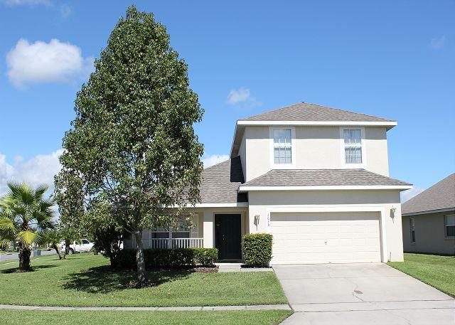 Very spacious vacation home with private pool, gated community, free Wi-Fi - Image 1 - Kissimmee - rentals