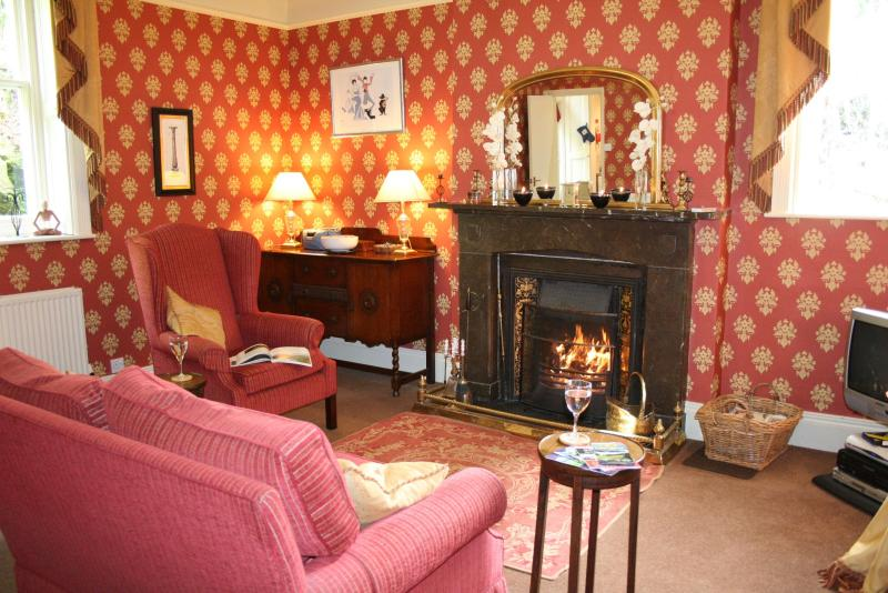 Cosy Lounge - open fireplace - The Rockery Suite, Far Sawrey near Hawkshead - Hawkshead - rentals