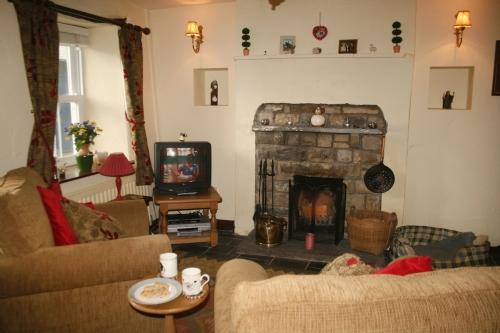 SHEEP FOLD COTTAGE, Sedbergh, South Lakes Dales Border - Image 1 - Sedbergh - rentals