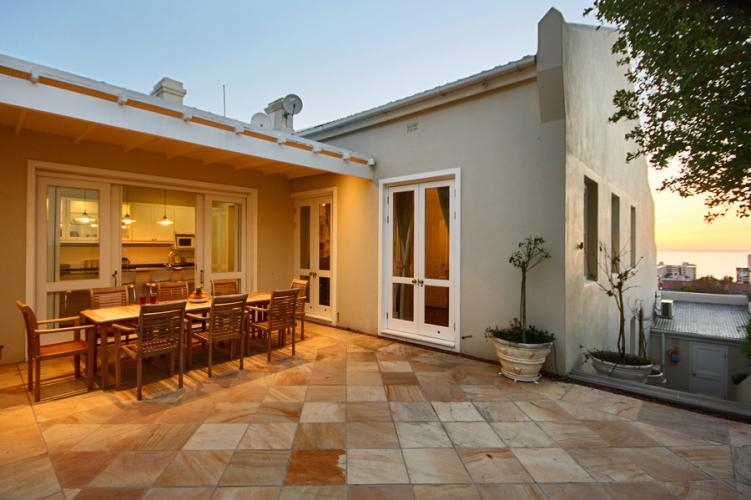 Six Selbourne - Image 1 - Sea Point - rentals
