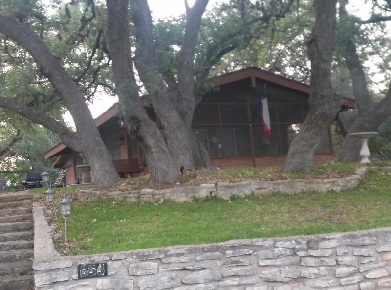 Trees provide shade for the yard - Luxury living in Texas Hill Country at Canyon Lake - Canyon Lake - rentals