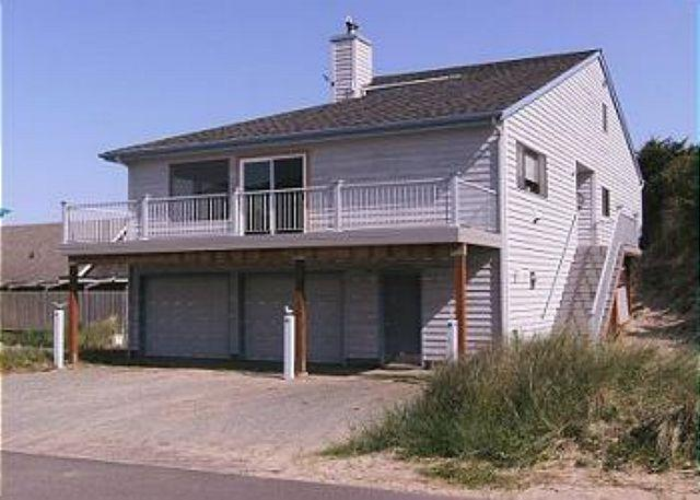 Street View - Beaches 'N Green - Manzanita - rentals