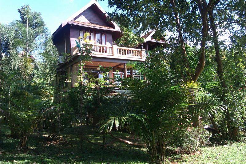 Front of house - 3-bed villa, sleeps 6+, spa pool, Koh Mak Thailand - Koh Mak - rentals
