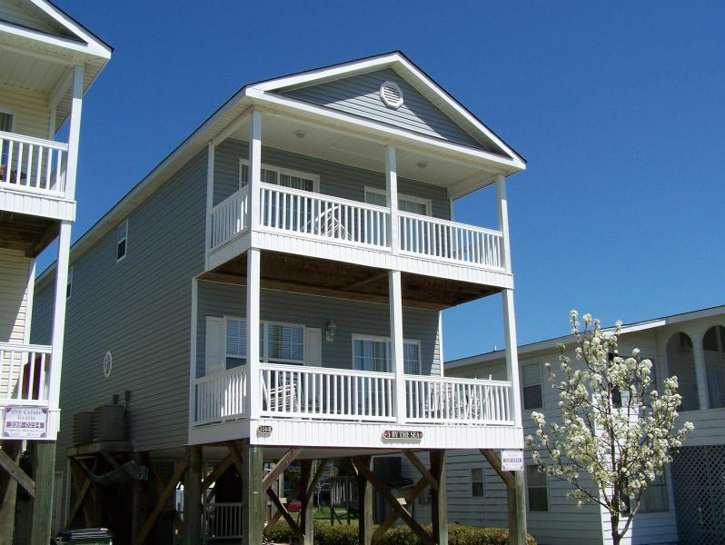 Exterior Front - Beautiful 5 Bedroom House with Private Pool! - Surfside Beach - rentals
