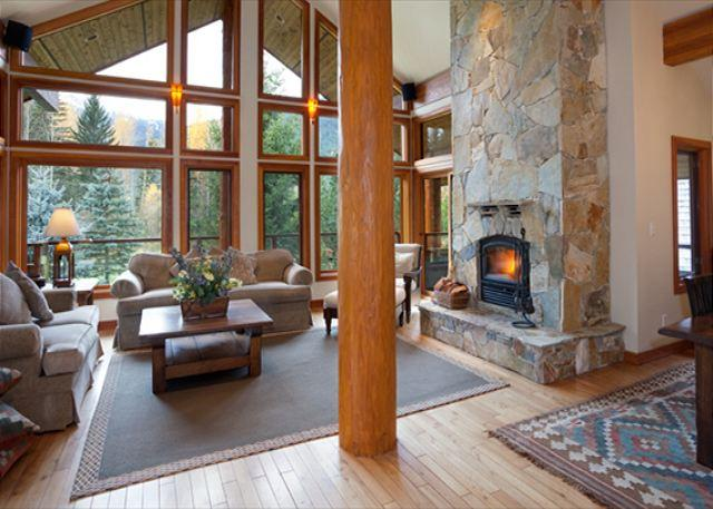 econd Level Open Concept Spacious Main Living Floor with Firepla - Glacier View Chalet | Luxury 5 Bedroom Chalet, Mountain & Golf Course Views - Whistler - rentals