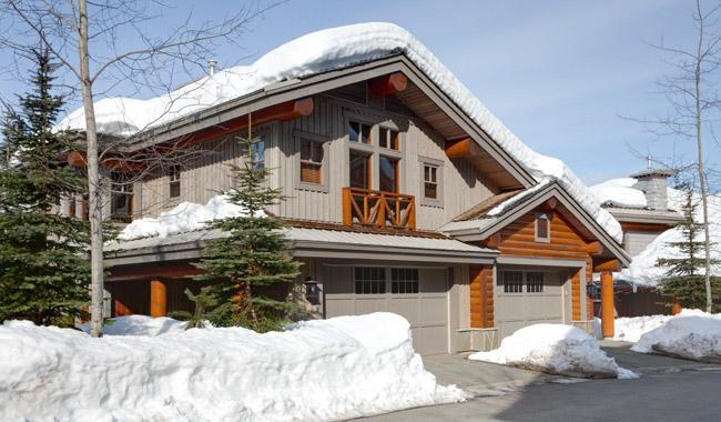 Front Exterior View of Property in Winter - Taluswood The Heights 17 | Whistler Platinum | Ski-in - Whistler - rentals